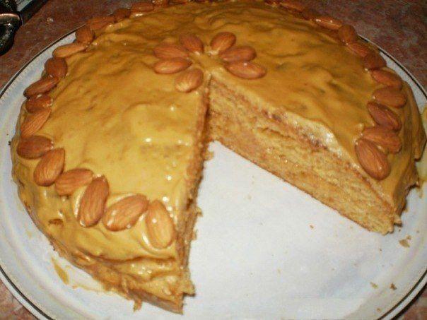 Пирог с сгущенкой и сметаной рецепт